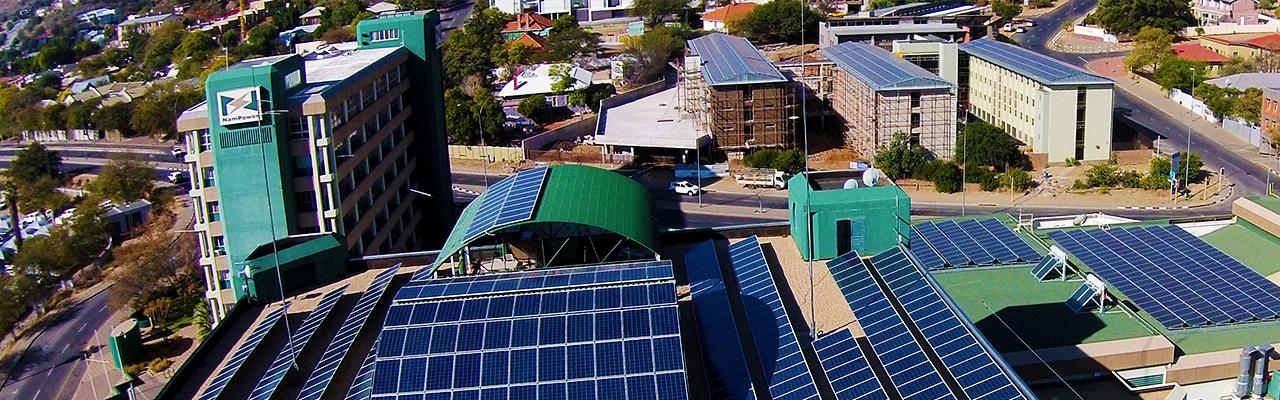 Nieuwe 330 kV hoogspanningsverbindingen in Namibië